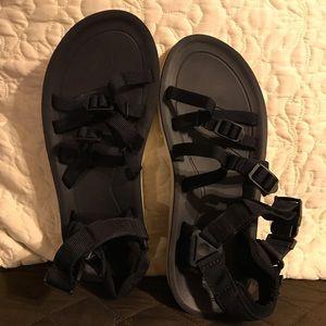USED Teva Women's Alp Premier Sandals